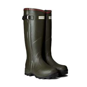 Hunter Balmoral Neoprene Zip RainStartsPlay - Hunter Boots The Hunter Balmoral Neoprene Zip Wellington is a handcrafted high-performance winter welly The 3mm neoprene lining gives superb comfort and warmth and the two thicknesses http://www.MightGet.com/january-2017-11/hunter-balmoral-neoprene-zip.asp