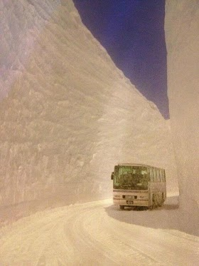 Over 17 meters of snowfall in Hokkaido, Japan