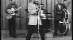 elvis presley-hound dog - YouTube