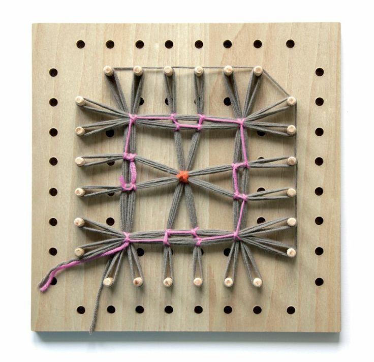 Loom poncho, winding technique, for more languages click here: http://www.prym-consumer.com/prym/proc/docs/0H0H004e2.html?nav=0H0H007iz