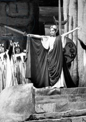 Maria Callas comme Norma dans l'opéra par VincenzoBellini à Rome, 1958