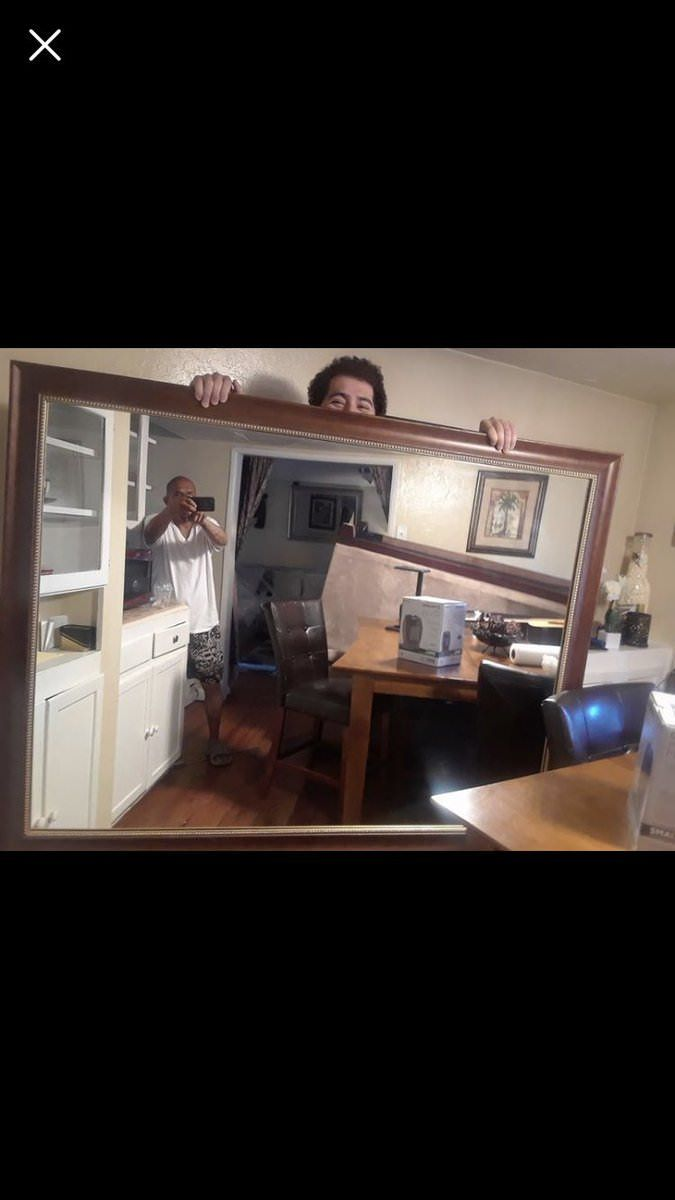 19 People Selling A Mirror On Craigslist Who Learned Taking A