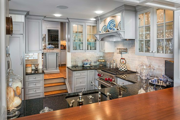 Hemingway Construction | Gallery of Kitchens | Show Kitchen