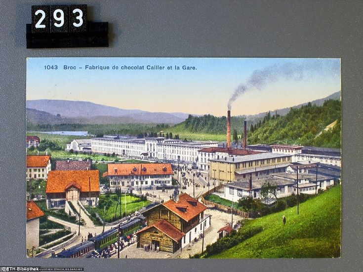 Broc, Fabrique de chocolat Cailler et la Gare: The Cailler chocolate factory and the train station in the district of Gruyère in Switzerland