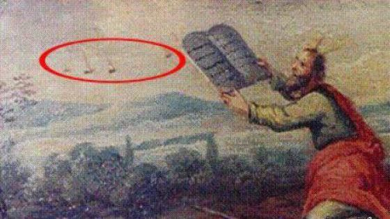 Old Paintings with UFOs...Moses on the mount: