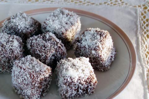 Ystervarkies (South African lamingtons)