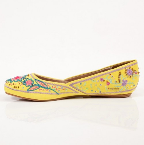Two Lips Sari Shoe