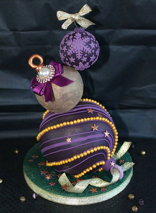 Tiered Christmas bauble cake - by Zoe's Fancy Cakes @ CakesDecor.com - cake decorating website