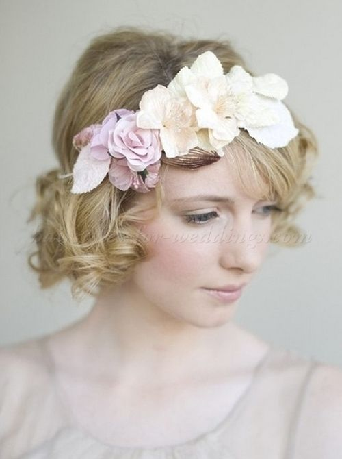 curly hairstyles with headbands short curly bridal hairstyle with floral headband. Black Bedroom Furniture Sets. Home Design Ideas