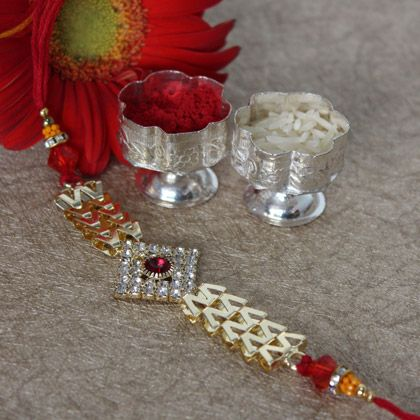 Rakhi festival is incomplete without Rakhi thread; this festival includes love and care between brothers and sisters. Prior to two or three week of this festival, brothers and sisters keep themselv…