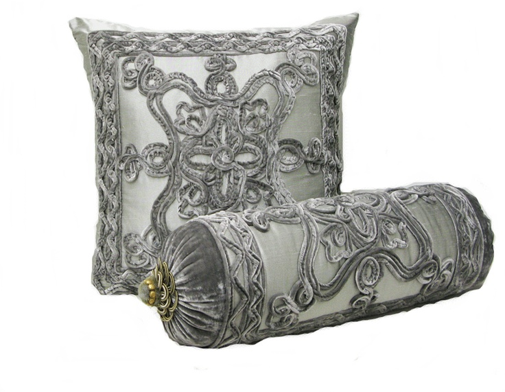 1000+ images about Luxury pillows --Via Luxury Decors on Pinterest Pillow covers, Luxury ...