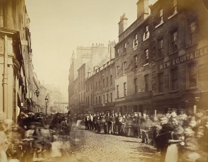 Old photograph of the Saltmarket from Bridgegate Migration of the Scots