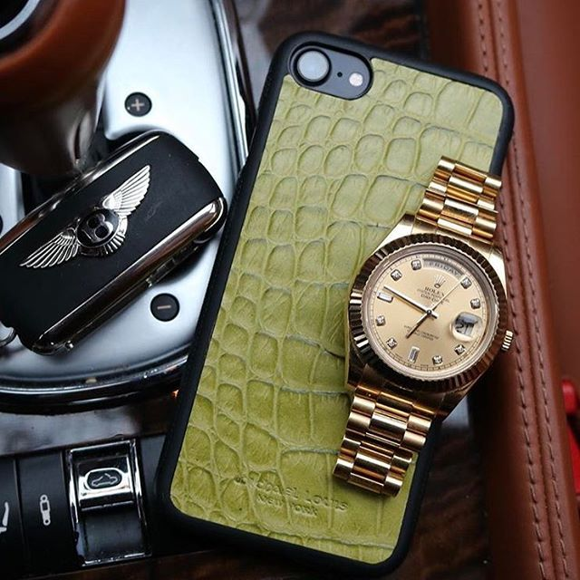 REPOST!!!  Details 👌 All Gold Rolex Day Date paired with Green Croc iPhone Case by @michael_louis_  Photo Credit: Instagram ID @luxurylifestylewatches