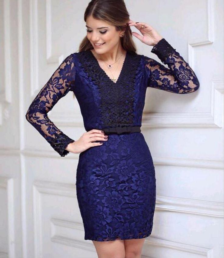Stylové dámské šaty krajkové modré – Velikost L Na tento produkt se vztahuje nejen zajímavá sleva, ale také poštovné zdarma! Využij této výhodné nabídky a ušetři na poštovném, stejně jako to udělalo již velké množství …