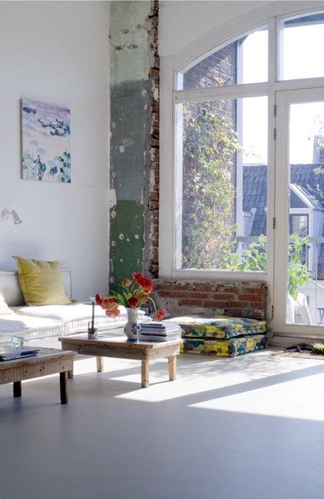 mix  http://jeltjefotografie.blogspot.ca/2010/04/creative-houses.html (2012): Interior, Living Rooms, Brick Wall, Big Windows, Livingroom, Exposed Brick, Huge Window, Design