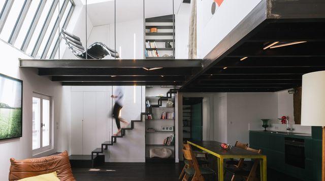 Appartement Atelier Artiste Paris Rénovation D Un 40m2 Avec Mezzanine Minimalist Decor Cheap Office Decor Apartment Design