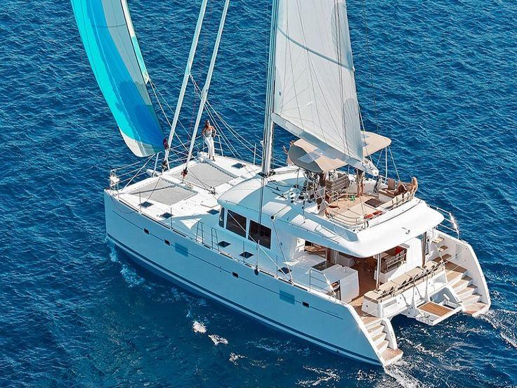 Beautiful, Relaxing Catamaran Tours