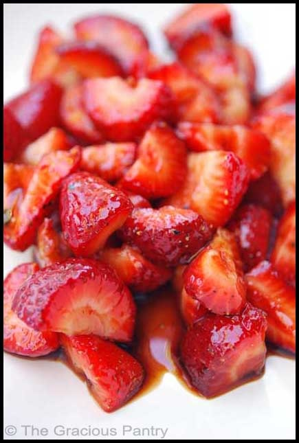 Clean Eating Balsamic Strawberries (Click Pic for Recipe) I completely swear by CLEAN eating!!  To INSANITY and back....  One Girls Journey to Fitness, Health, & Self Discovery.... http://mmorris.webs.com/
