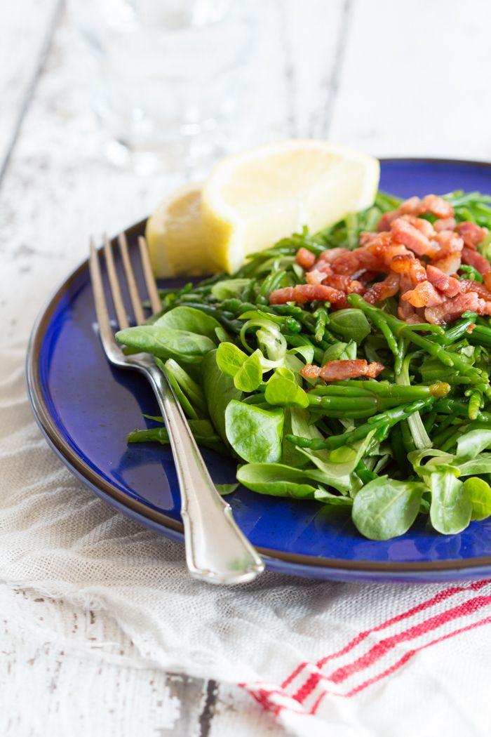 Lekker zilt en van Hollandse bodem: zeekraal. Maar hoe bereid je dat nu eigenlijk? Met deze salade geef ik je een zeer smakelijk en gezond voorbeeld.