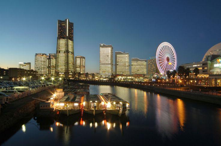 万国橋から見たみなとみらいの 夜景 イルミネーション みなとみらい 夜景 横浜 穴場スポット