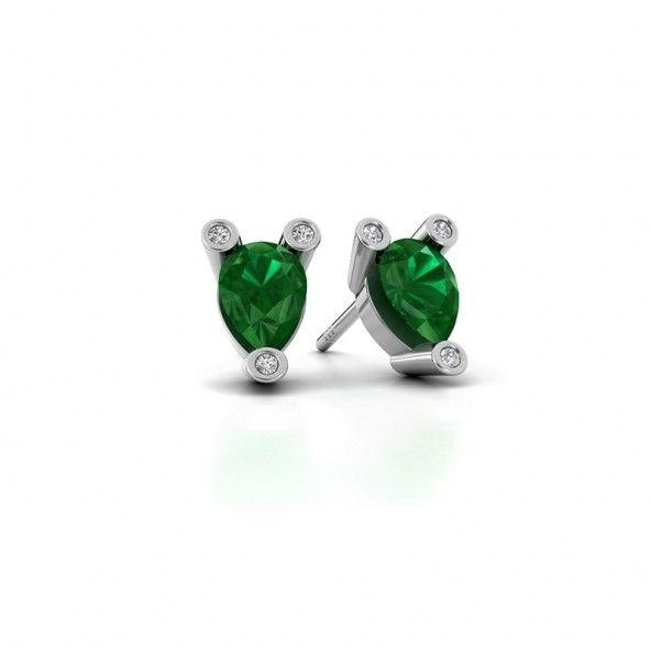 Cornelia pear oorknopjes - gemaakt van platina. Verrijkt met totaal 0.04 ct diamanten en groene smaragd.