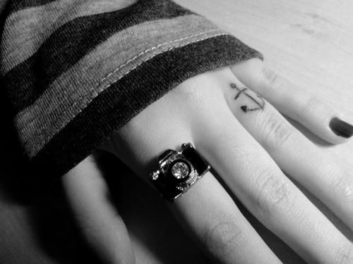 cute anchor symbol tattoo on ring finger anchor tattoo design on ring ...