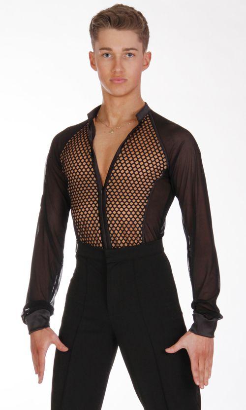 фото рубашек для латины подчеркивает красивую форму