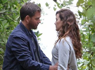 Did tony and ziva hook up in paris