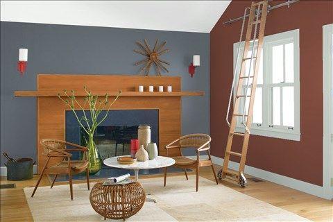 Admirez l'agencement de couleurs de peinture I réalisé avec Benjamin Moore. Via @benjamin_moore. Mur: Fond Océanique 1630; Pardis Latérales: Brun Clair-Obscur 2104-20; Moulures: Argent Antique 2139-50; Plafond: Voile de Mariée 2125-70.