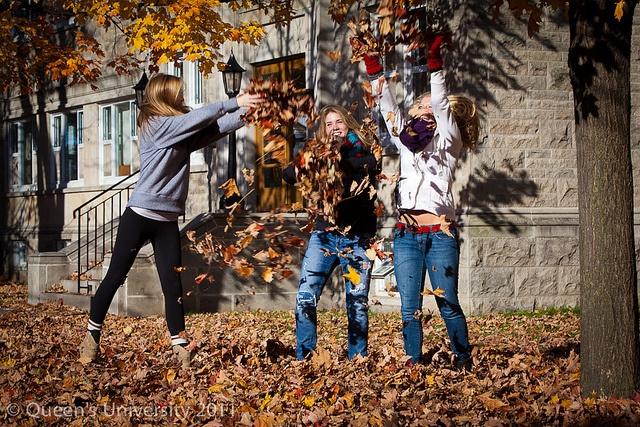 Queen's students enjoying a crisp fall day