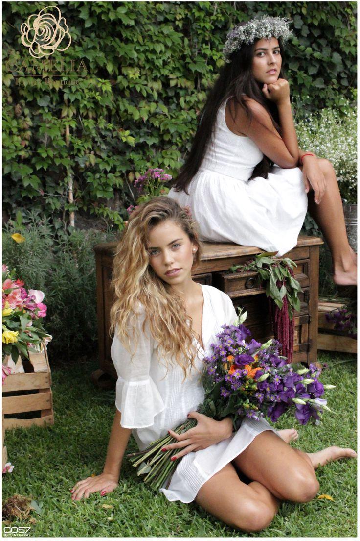 Corona de flores para la cabeza Flores verano  by camelia Flower Boutique