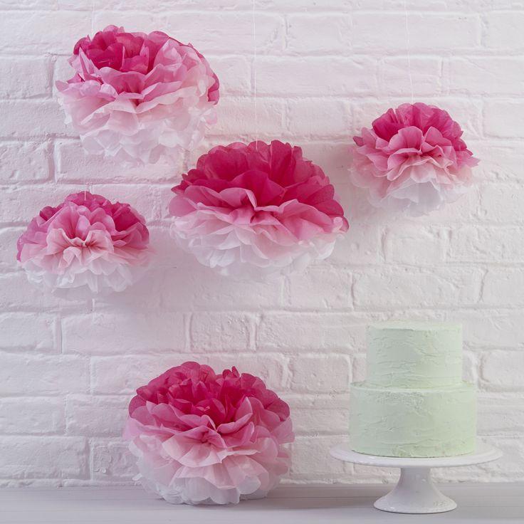 pompons roses et blancs pour dcoration anniversaire fille ou chambre fille pink tie and dye