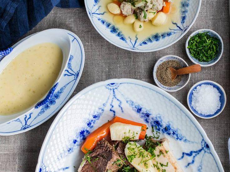 Ferskt kjøtt og suppe er nordmenns svar på fransk pot au feu og italiensk bollito misto, men har en hemmelig ingrediens - sursøt løksaus.