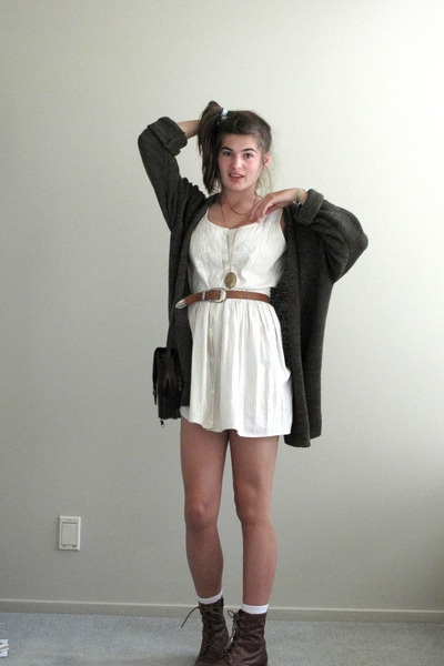 dress and combat boots fashion