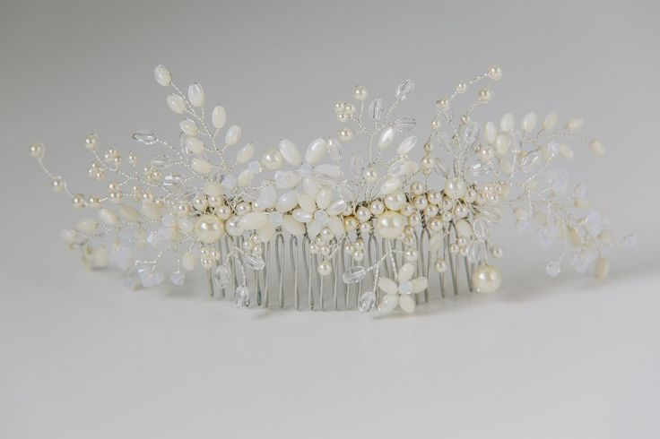Flora Mother of Pearl Comb in Silver