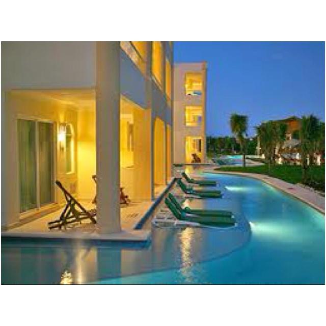 El Dorado Seaside Suites - that corner room was our honeymoon suite!