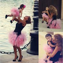 Милый черный и розовый кекс бальное платье Mini короткая маленькие девочки платье с с оборками платья для матери и дочери(China (Mainland))