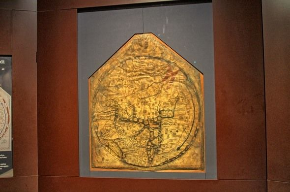 HEREFORD, ENGLAND    Hereford Mappa Mundi  The largest known medieval map of the world