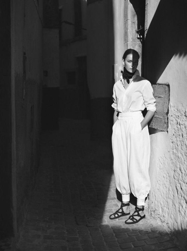 Travel wardrobe inspiration via Vogue Netherlands | Hermes