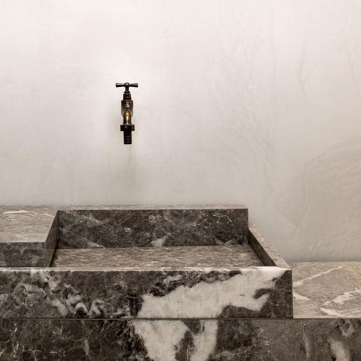 Wash basin - Van Den Weghe Knokke Showroom by Glenn Sestig Architects - Odilon Creations