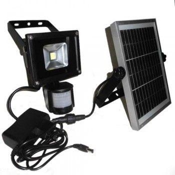[Lampu sorot sensor gerak PIR (Passive Infra Red) 10 watt – LT 1038]  Lampu sorot sensor gerak PIR (Passive Infra Red) 10 watt. Sangat cocok untuk diaplikasikan di pintu masuk atau pintu keluar atau di garasi anda, juga cocok untuk diaplikasikan di pos pintu masuk kebun sawit atau kebun karet anda. Sedangkan untuk panelnya ditempatkan diluar rumah, dan harus terkena sinar matahari langsung untuk proses pengisian  ulang baterai. Saat terisi penuh, lampu bisa menyala 50-100 k