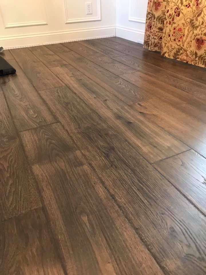 Pergo Timbercraft South Haven Oak Lowe S House Flooring Hickory Flooring Pergo Flooring