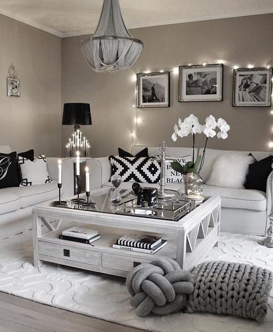 Love this! Living space #inspo .. yes or no?! . . …