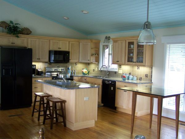 Best 25+ Lake House Kitchens Ideas On Pinterest