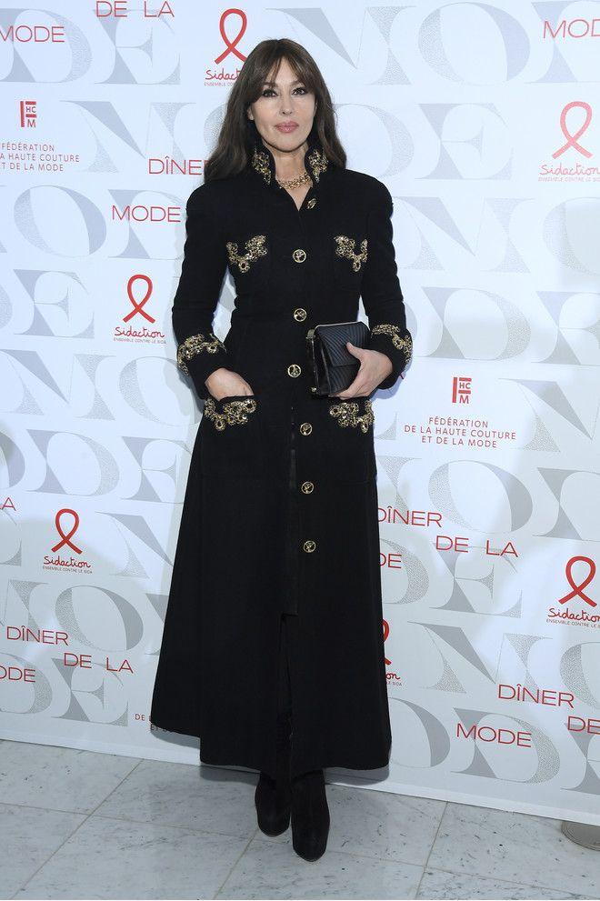 Idealnyj Siluet Monika Belluchchi V Plate Palto Chanel