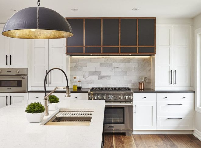Cloud White by Benjamin Moore. Shaker-style kitchen cabinets paint color Cloud White by Benjamin Moore. #CloudWhitebyBenjaminMoore Square Footage Inc.