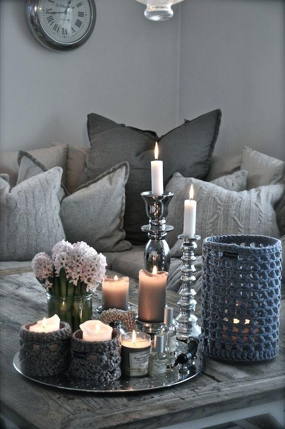 20+ Super moderne Wohnzimmer Couchtisch Dekor Ideen, die ...