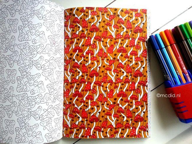 Het derde enige echte kleurboek voor volwassenen: paddestoelen