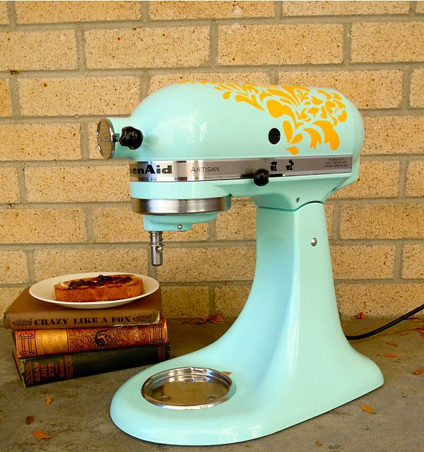 Spice up your kitchen aidKara Walker, Vinyls Decals, Totally Doable, Hello Hydrangeas, Kitchens Aid Mixer, Wall Decals, Vinyls Art, Custom Painting, Vinyls Design