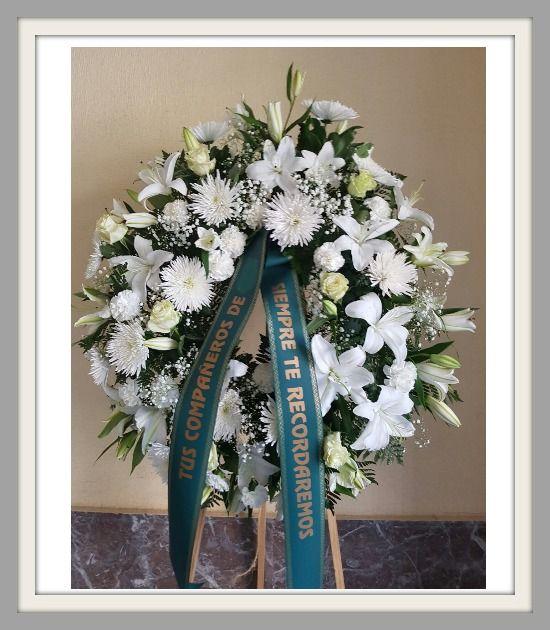 Catalogo: Corona funeral Respeto. Floristería Online arreglos flores para funerales España. https://serviflorfuneral.com